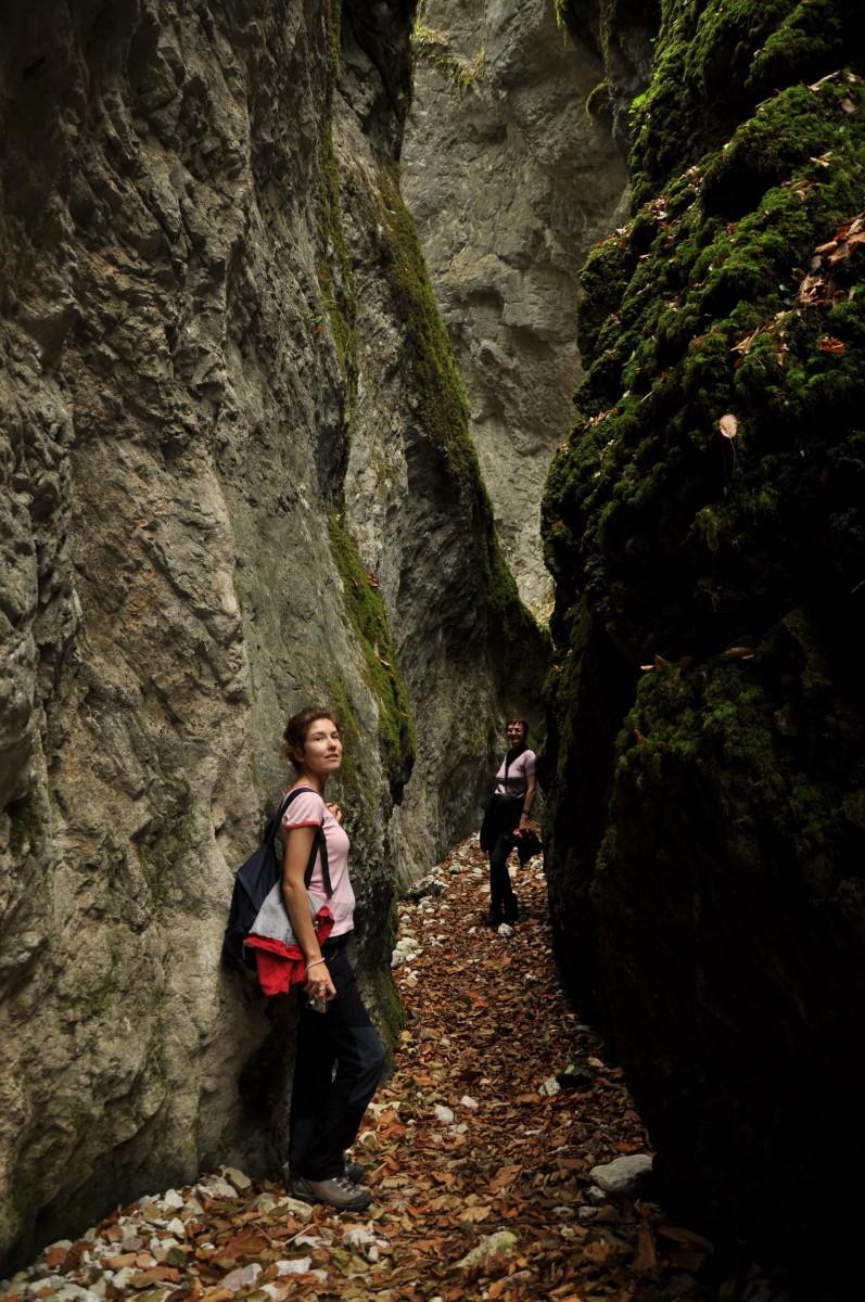0466 Ana si Hana, Canionul Sighistel, Valea Sighistelului, Muntii Bihor_resize