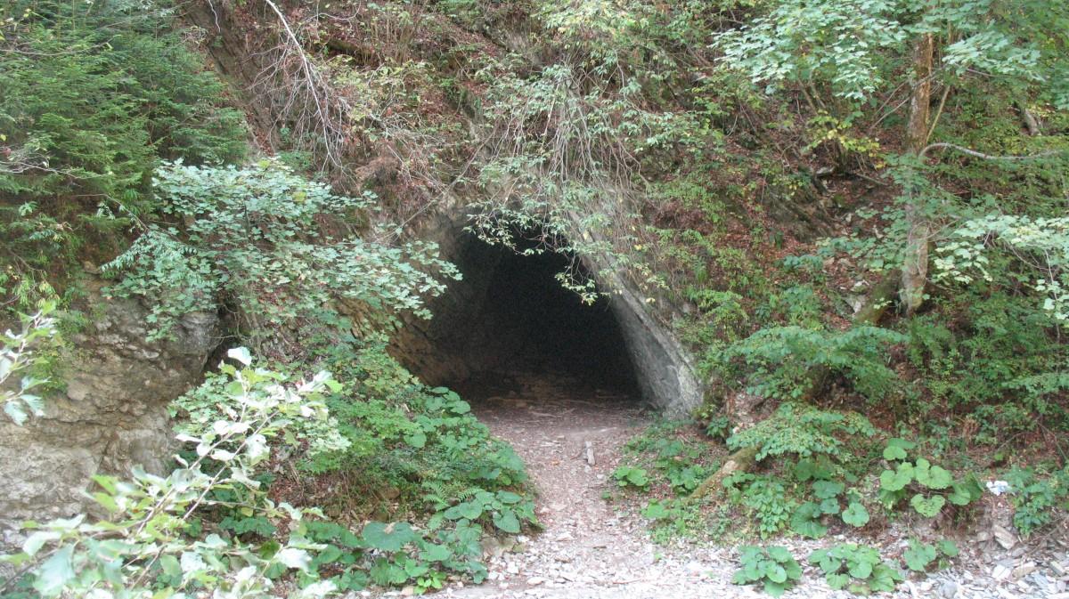 Intrarea in tunelul mare dinspre Tişiţa Mică