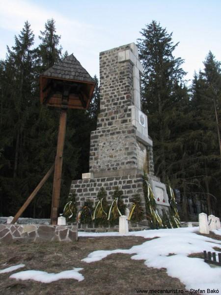 25. Mausoleul Secu