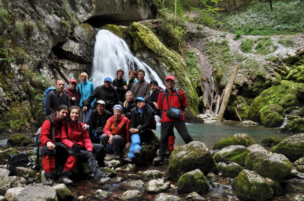 1050 Foto de grup, Cascada Evantai, Cheile Galbenei, Circuitul Galbenei, Muntii Bihor_resize