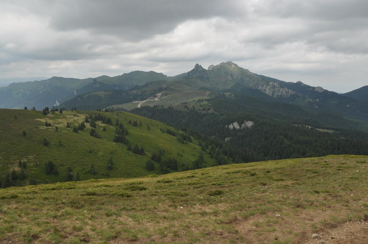 84 Culmea Zaganu - Gropsoarele, Muntii Ciucas_resize